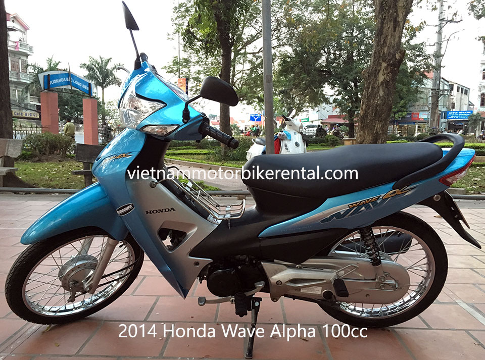 2014 Honda Wave Alpha 100cc used touring motorbikes for sale in Hanoi.