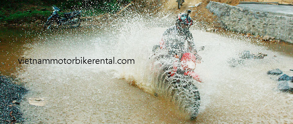 Customized Vietnam Motorbike Holidays guided motorbike tours on two wheels