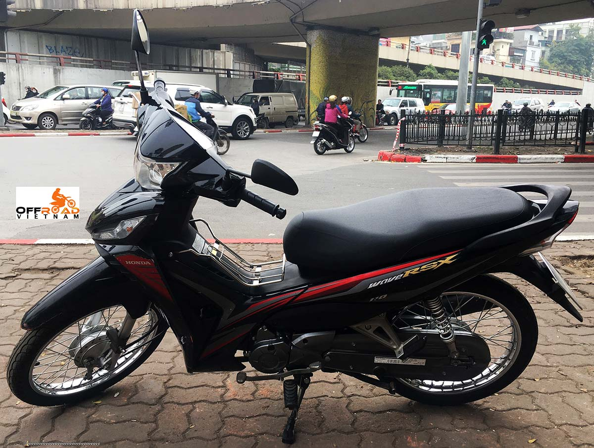 Vietnam Motorbike Hanoi Rental - Scooters For Beginners. Vietnam Motorbike Hanoi Rental provides moped scooter tours and rentals in Hanoi. This is a 2014 black Honda Wave 110cc with front disc and back drum brakes.