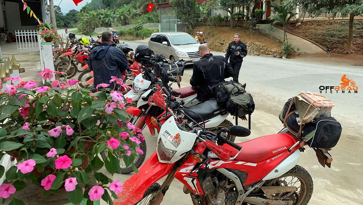 Vietnam Motorbike Hanoi Rental - Travel Documents. Vietnam Motorbike Rental advices on travel documents for your Vietnam motorbike tours